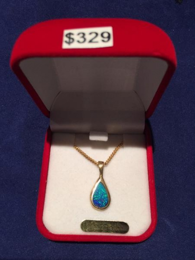 GOLD 9CT SOLID OPAL PENDANT