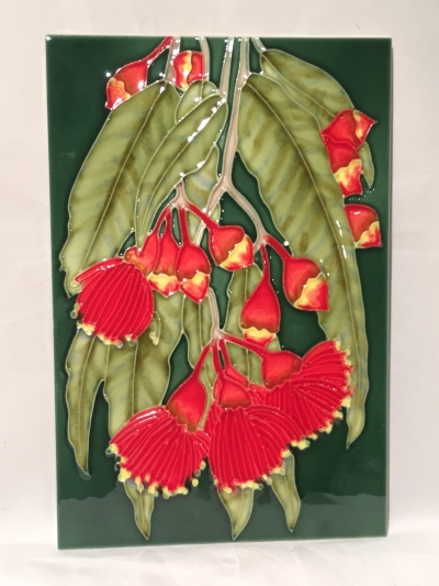 GUMLEAVES CERAMIC 300mm X 200mm WALL HANGING