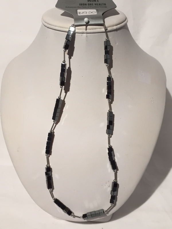 IRON ORE NECKLACE 8
