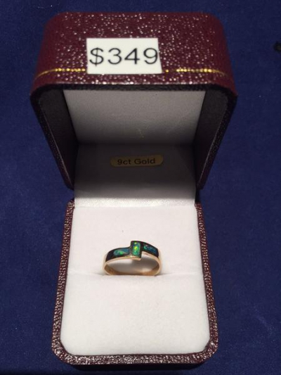 GOLD 9CT SOLID OPAL INLAID RING