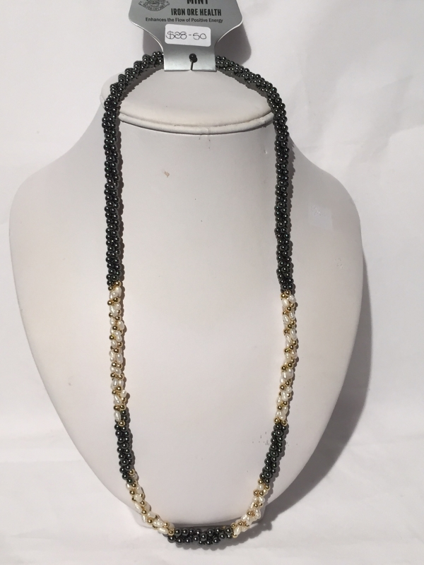IRON ORE NECKLACE 14