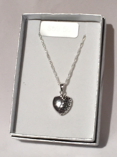 SILVER HART NECKLACE