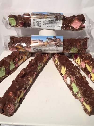 PURE MILK CHOCOLATE TUTTI FRUTTI ROCKY ROAD 200gm